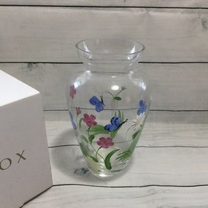 New Lenox Hand Painted Flower Butterfly Vase